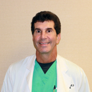 DrDave-Photo-New-in-Scrubs
